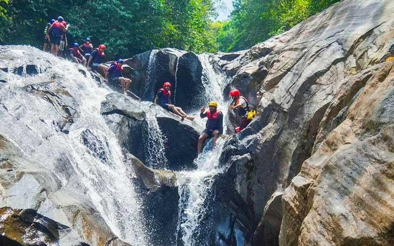 Confidence Jump & Stream Slides kitulgala Sri Lanka