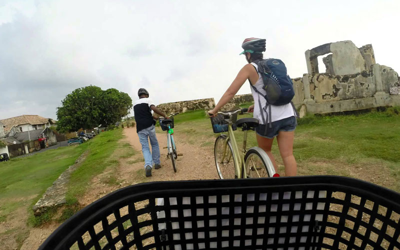 Cycling  in SrI Lanka, galle fort cycling