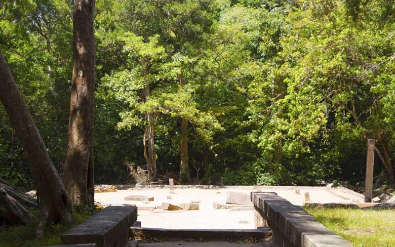 Discover Ritigala | Explore Ritigala Buddhist monastery