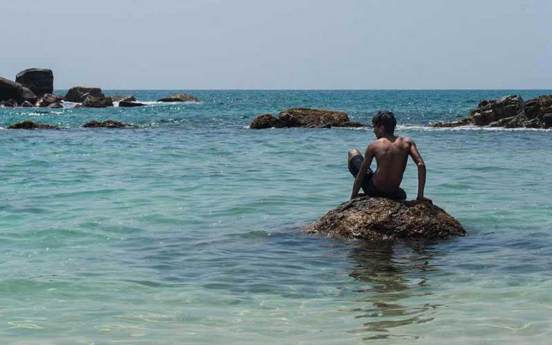 Sail to Sallitivu Island | snorkeling trips