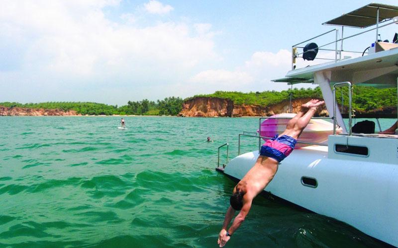 Yachts Sunset Trips in Sri Lanka | Sail Lanka Charter sailing boat trips in Sri Lanka