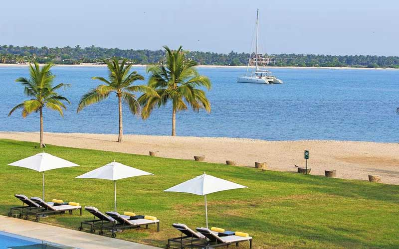 Amaya Beach Pasikudah | Pasikudah Beach Hotel