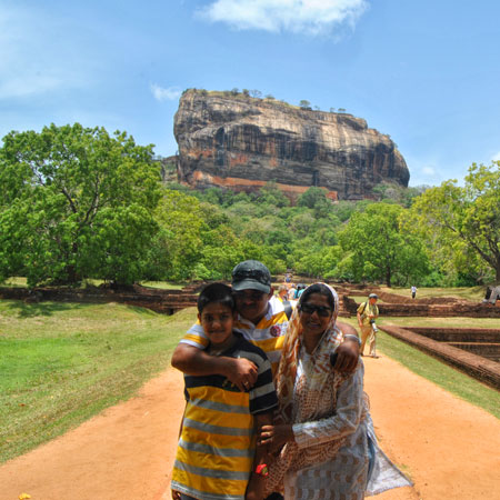 Best family cultural tour Sri Lanka